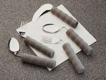 091098524 Angled Cutlery