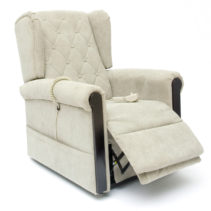 C11 - Wing Back Lift Chair